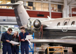 What Is The Salary Of Aeronautical Engineer Working In The World?